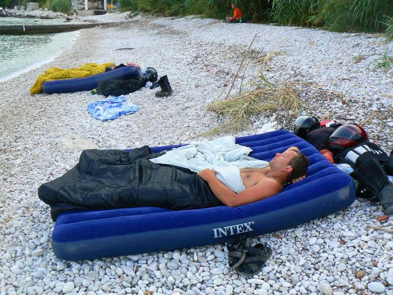 Do Albanii 2009 - okolice Dubrownika, nocleg na dzikiej plaży w Chorwacji