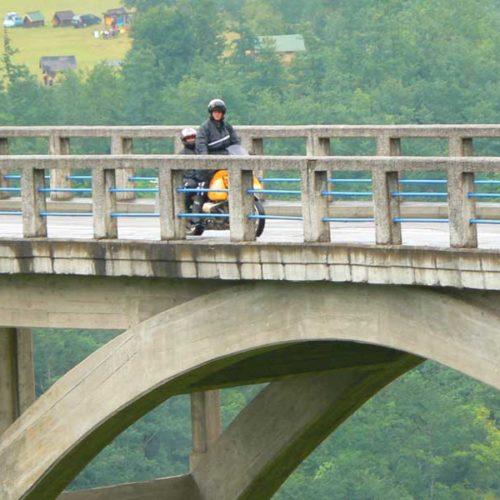 Do Albanii 2009 - kanion rzeki Tara, most na Tarze w Czarnogórze