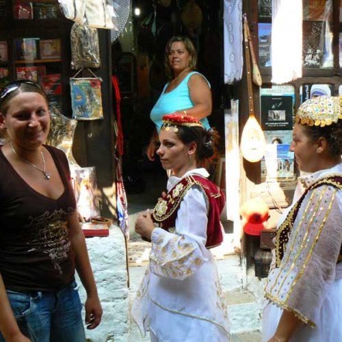 Do Albanii 2009 - pchli targ w Kruji, Albania