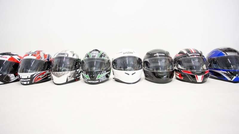 Test porównawczy tanich kasków motocyklowych