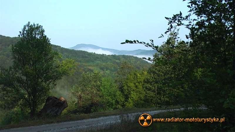 Wyprawa motocyklowa – Bułgarski Bastion Komunizmu - poranek w Serbii