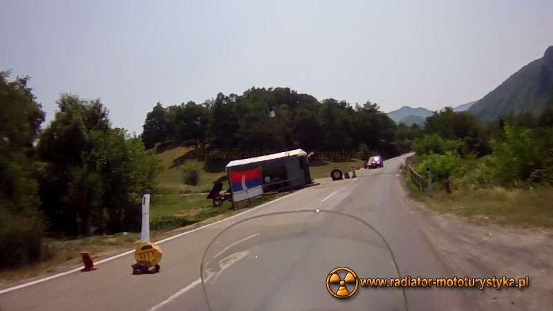 Wyprawa motocyklowa – Bułgarski Bastion Komunizmu - serbski spowalniacz w Kosowie (bardziej Serbska część Serbii)