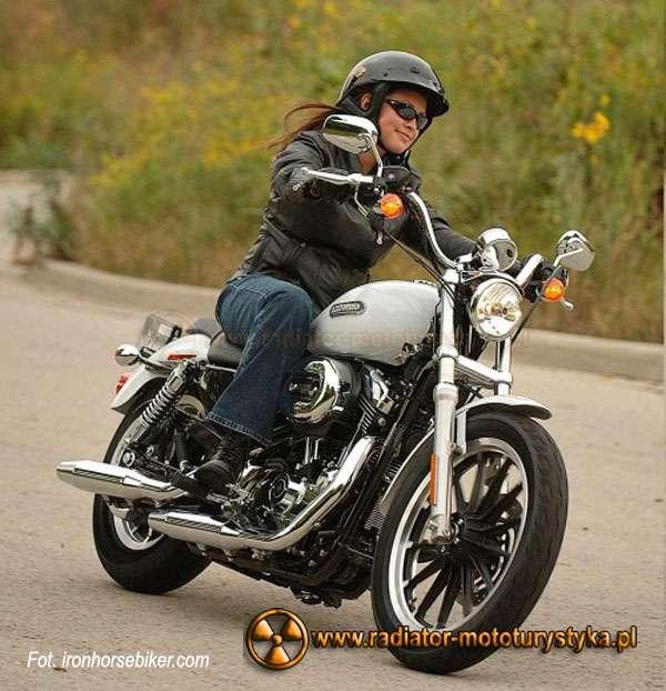 Motocyklistka01
