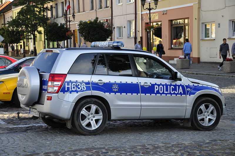 radiowóz policyjny - prawo jazdy