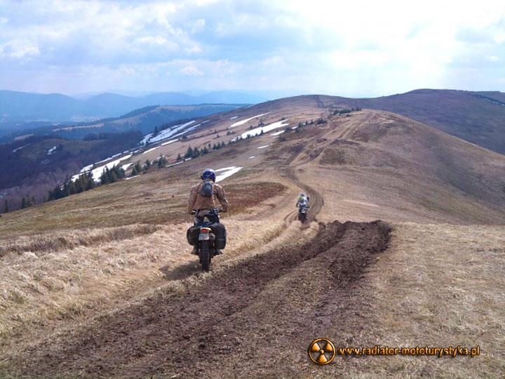 Przyroda i motocykle – majowy weekend na Zakarpaciu