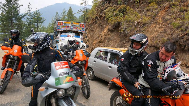 011c-Bhutan-kraj-grzmiącego-smoka