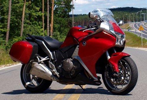 HondaVFR 1200. Turystyka motocyklowa, forum, radiator.