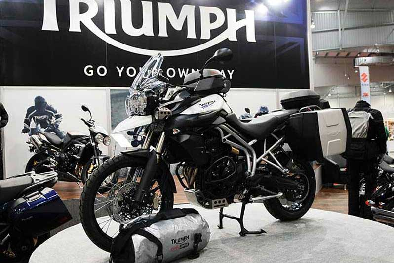 Triumph Tiger. Nowinki motocyklowe - Radiator - Turystyka motocyklowa - Wyprawy motocyklowe - Podróże motocyklowe - Forum motocyklowe