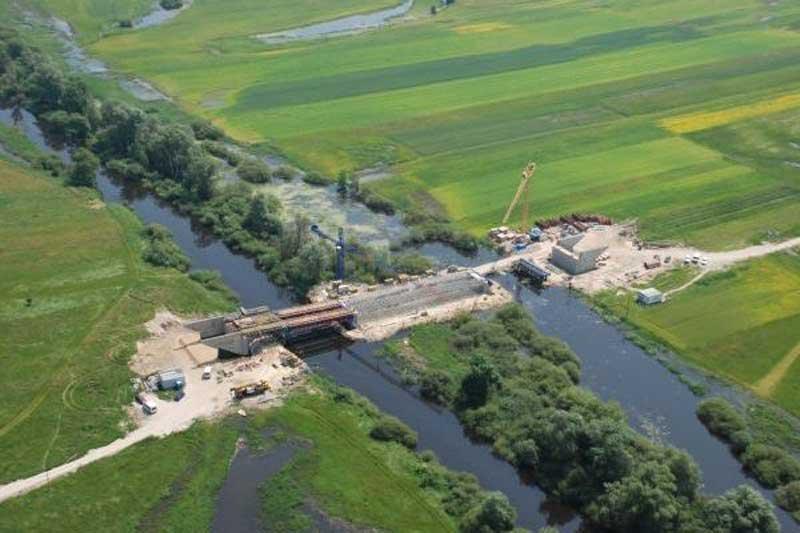 Most na drodze krajowej nr 16 w budowie