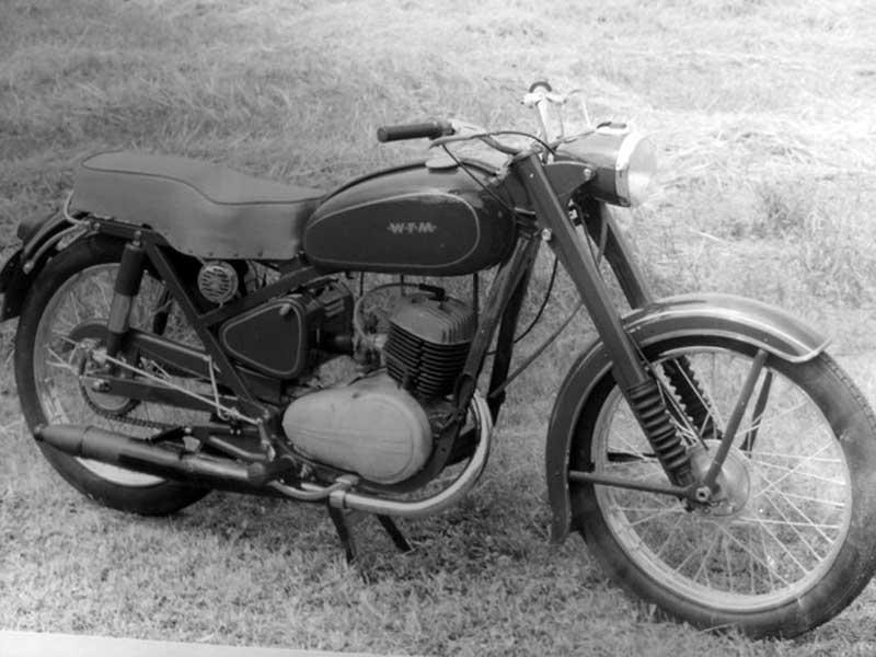 Motocykl WFM M06