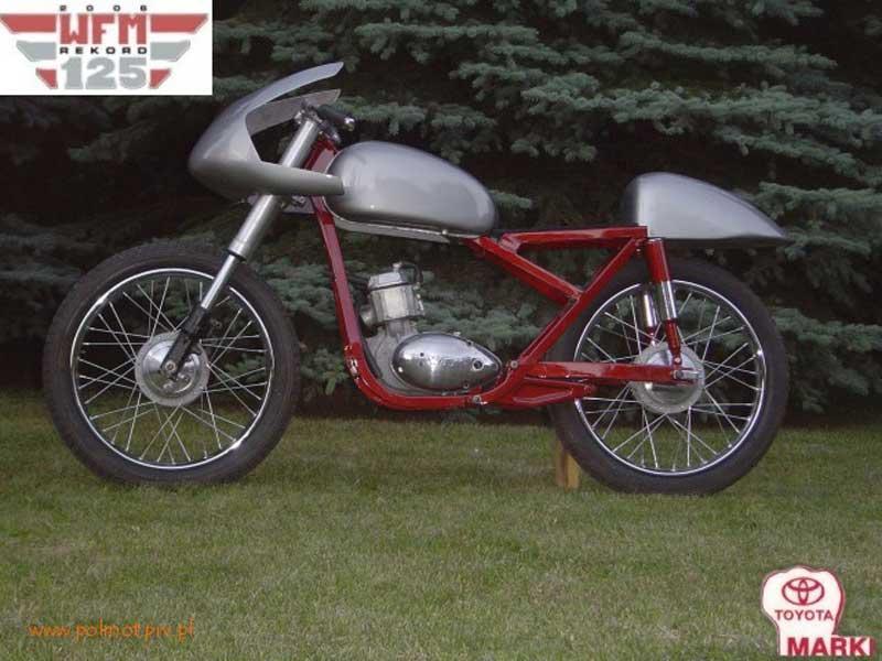 Pierwsza odsłona motocykla WFM 125 - Projekt Rekord