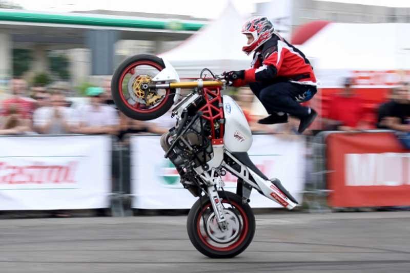 Stunter 13 - akrobacje na motocyklu