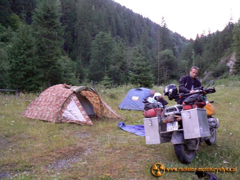 Karpaty ukraińskie - nocleg w lesie niedaleko Jaremczy