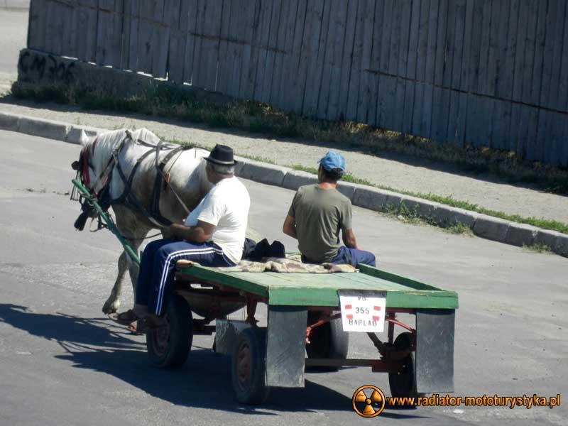 Wprawa motocyklowa. Dookoła na dwóch kołach - Rumunia.