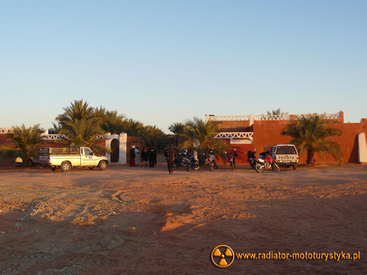 Wyprawa motocyklowa - Sah-ar - morze niczego