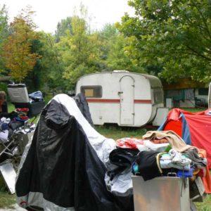 Do Albanii 2009 - opuszczony kemping koło Skopje w Macedonii