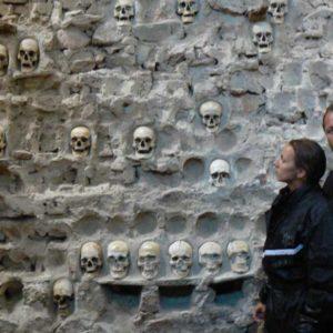 Do Albanii 2009 - Nisz, wieża czaszek w Serbii