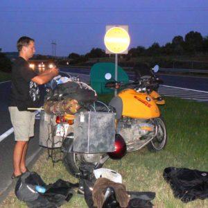 Do Albanii 2009 - oczekiwanie na drugi etap akcji ratunkowej na Węgrzech