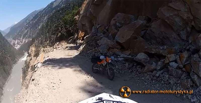 Motocyklowa przygoda w Himalajach / film