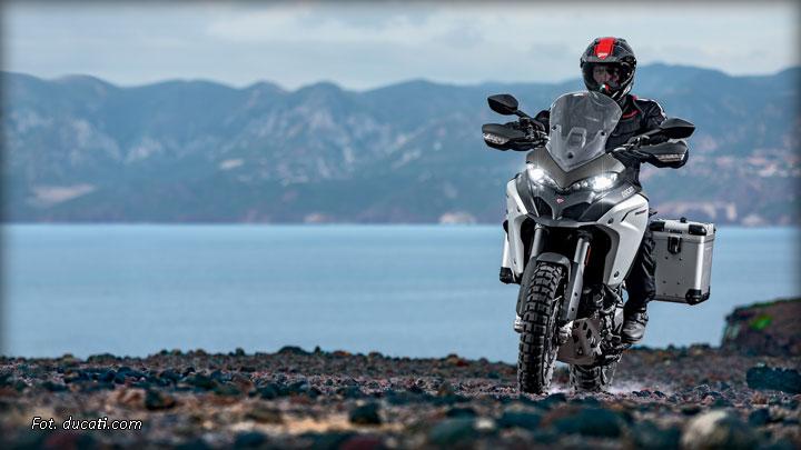 Poszukiwani motocyklowi podróżnicy na obchody 90 lat Ducati – Globetrotter 90°