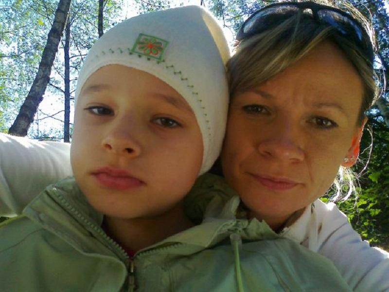 Emilka z Oleszyc na Podkarpaciu walczy z rakiem – prośba o pilne wsparcie