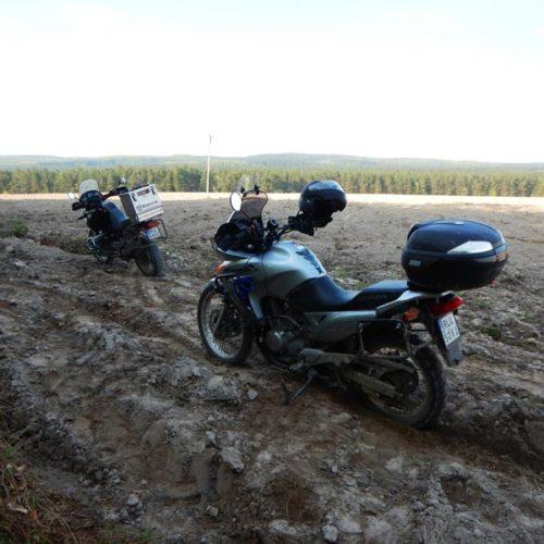 Lubaczów i Roztocze Wschodnie motocyklem - przez orankę