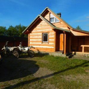 Enduro Polulanka - piękno i piekło mordoru - Ukraina - połoniny motocyklowo - bojkowska chata