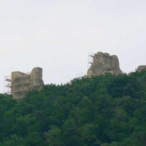 Wyprawa motocyklowa do Grecji - 2008 - ruiny zamku w Rumunii