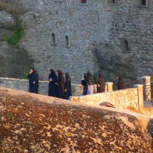 Wyprawa motocyklowa do Grecji - 2008 - Grecja, prawosławne zakonnice w Meteory/Μετέωρα/Meteora