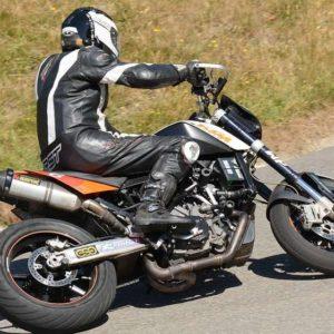 Zakup kasku motocyklowego - praktyczny poradnik