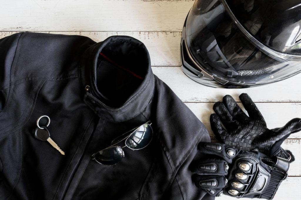 Odzież motocyklowa – o czym pamiętać wsiadając na motor?